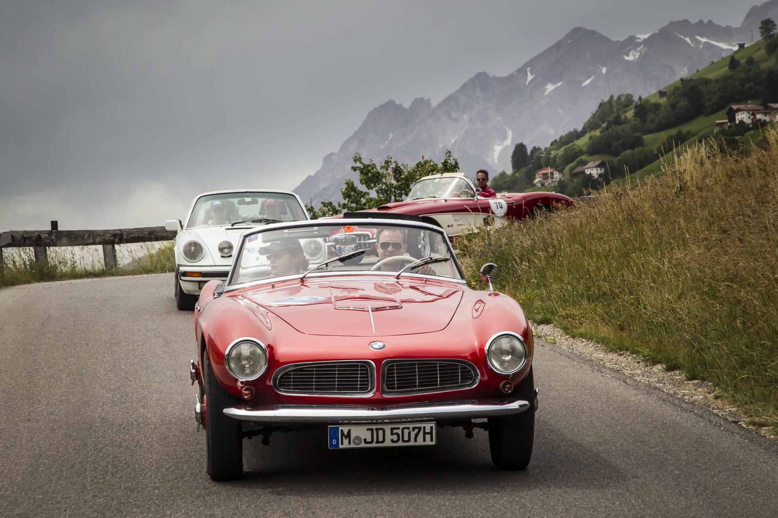 Qual BMW clássico você converteria em elétrico?