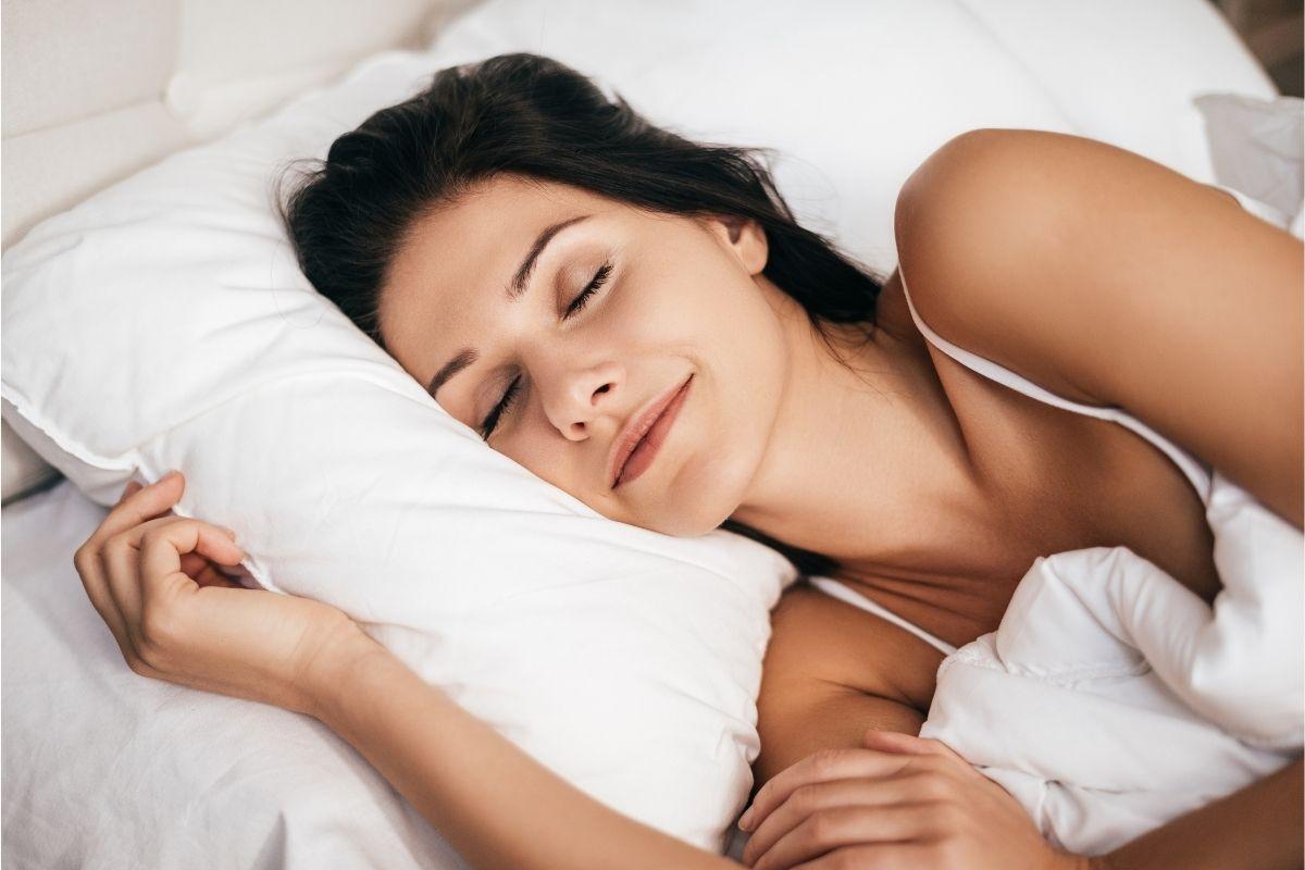 importancia-boa-noite-sono-saude-bucal